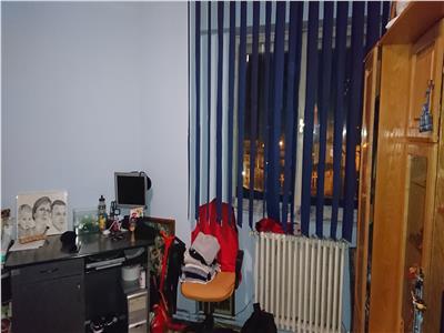 Vanzare apartament 2 camere, 65 mp, zona Electrica !