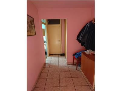 Vanzare apartament 4 camere, 82 mp, zona strazii Almasului !
