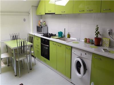 Vanzare apartament 3 camere - 85mp - zona strazii Lunii