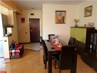 Vanzare apartament 3 camere + 2 bai, 83mp, cu garaj inclus, zona strazii Alverna