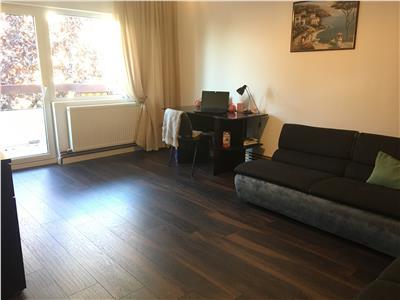 Vanzare apartament 3 camere camere, 64mp, cu loc de parcare inlcus