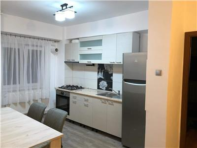 Apartament 3 camere deocomandat, 82mp, in zona parcului Rozelor