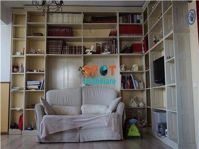 Vanzare apartament 3 camere 87 m2 zona Alverna !