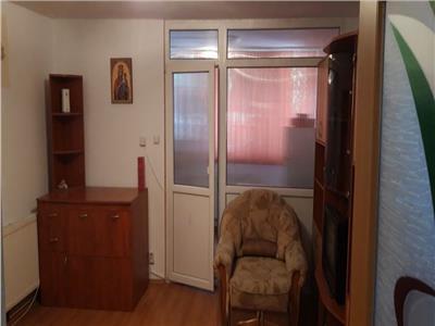 Vanzare Apartament 1 camera 28 mp zona Calea Baciului!