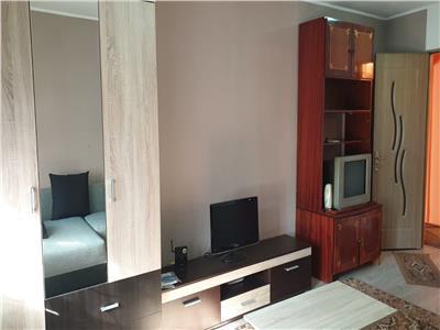 Vanzare Apartament 3 camere 71 mp,zona Plopilor !